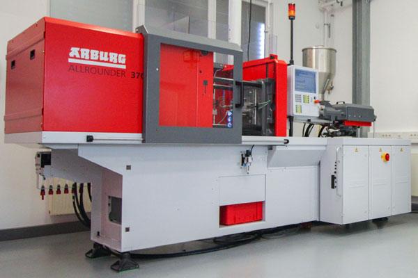 Foto Spritzgiessanlage Kunststoff Center
